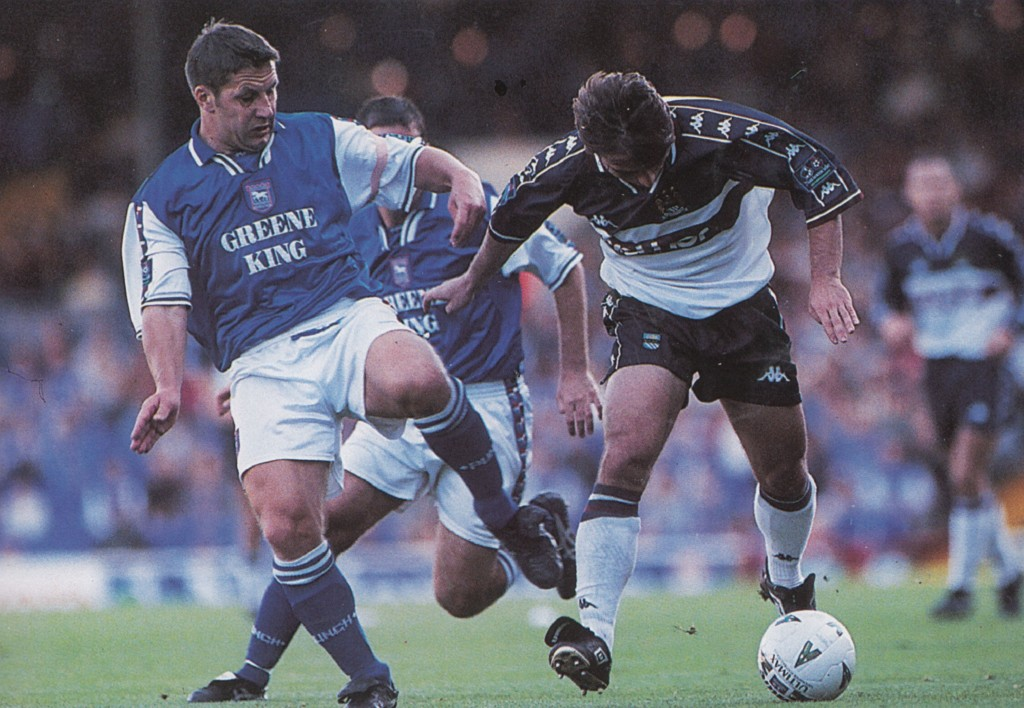 ipswich away 1997 to 98 action5