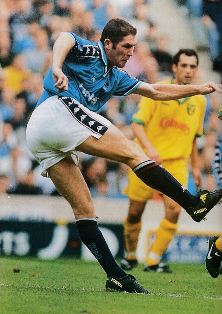 norwich home 1997 to 98 bradbury 1st league goal
