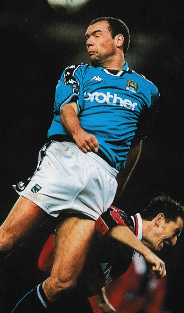 notts forest home 1997 to 98 action7