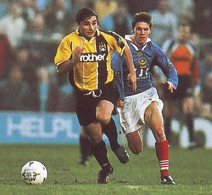 portsmouth away 1997 to 98 action