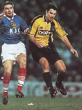 portsmouth away 1997 to 98 action2