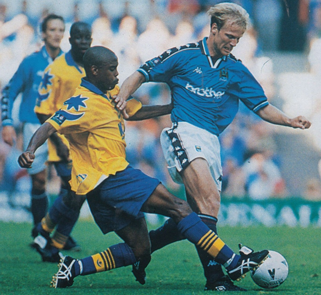 portsmouth home 1997 to 98 action8