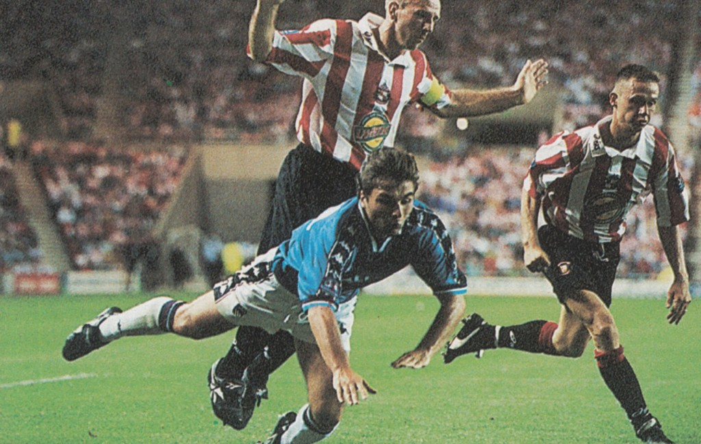 sunderland away 1997 to 98 action5
