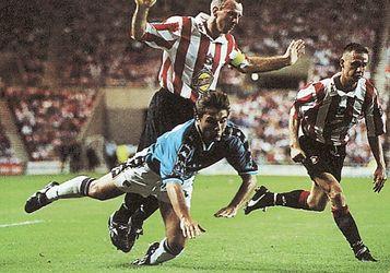sunderland away 1997 to 98 gio fouled for pen