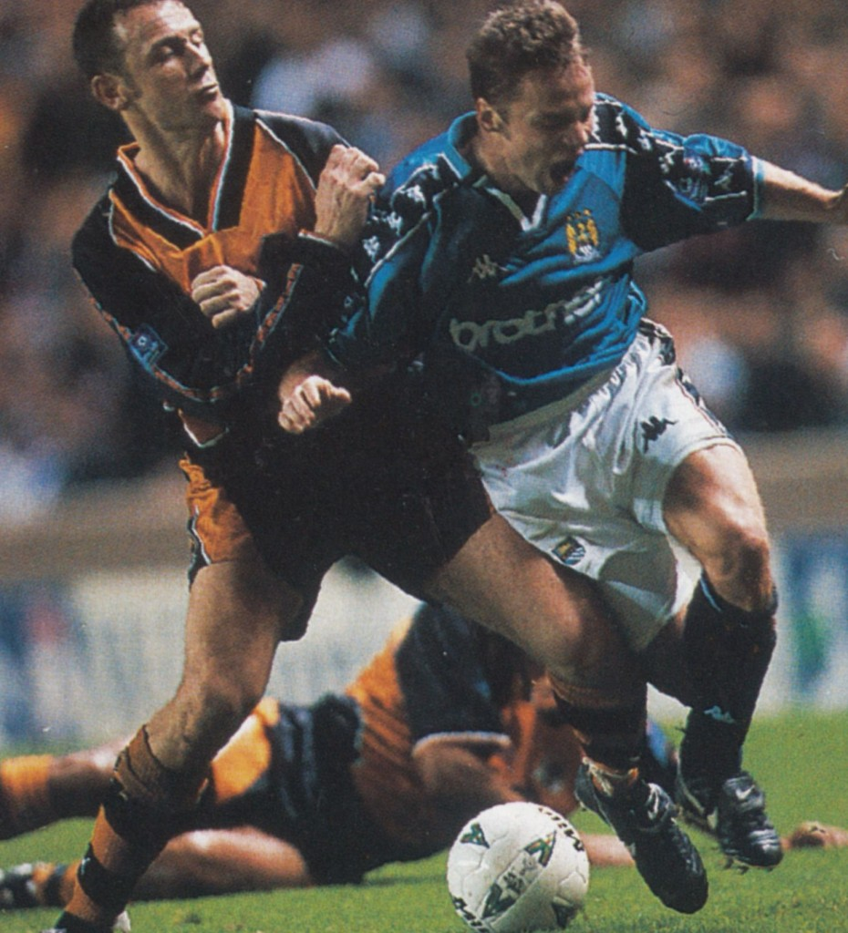 wolves home 1997 to 98 action10
