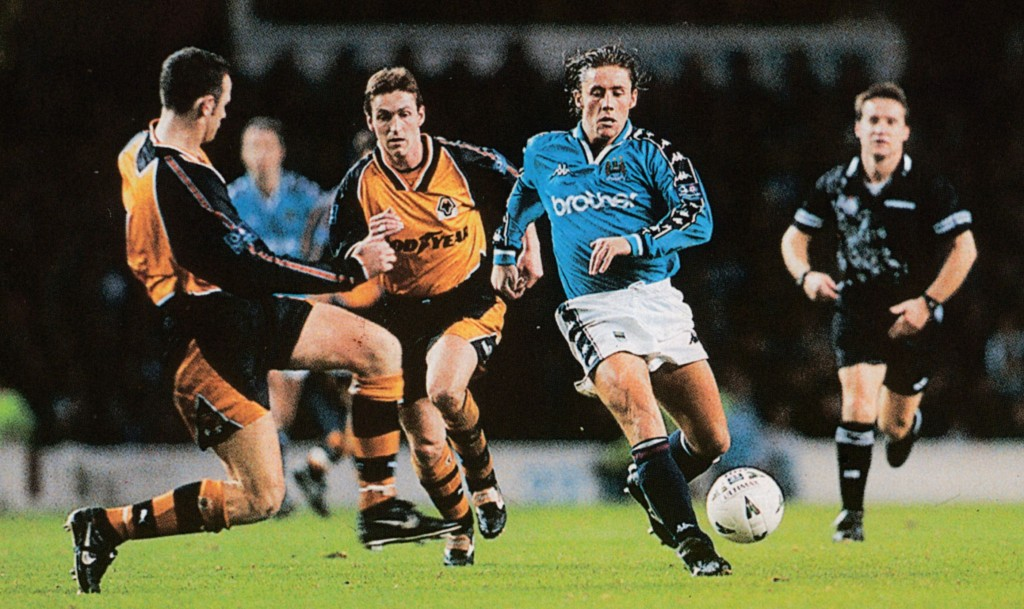 wolves home 1997 to 98 action6