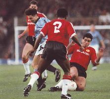 man utd home 1991 to 92 action3