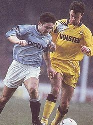 tottenham home 1991 to 92 action2