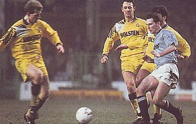 tottenham home 1991 to 92 action3