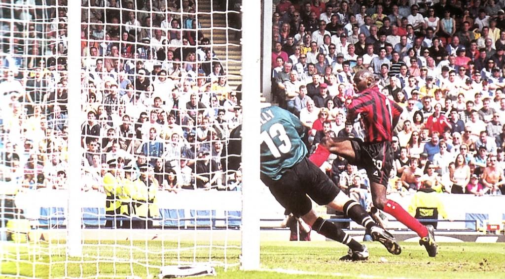 blackburn away 1999 to 2000 goater goal
