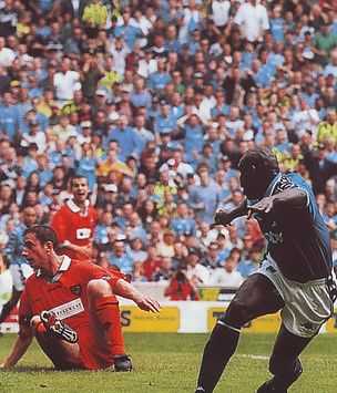 blackpool home 1998 to 99 goater goal