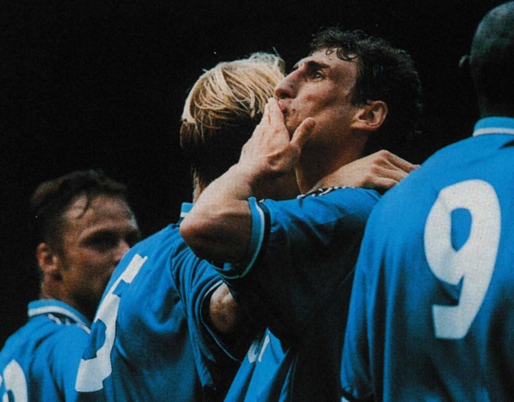 blackpool home 1998 to 99 thskadze goal5