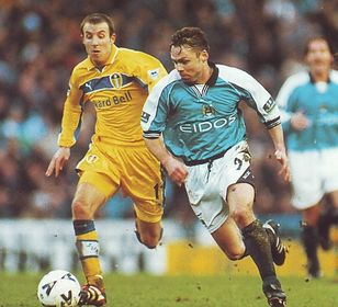 leeds fa cup 1999 to 00 action3