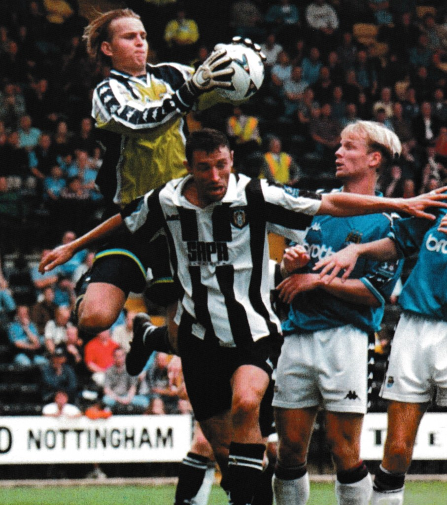 notts county away 1998 to 99 action 9