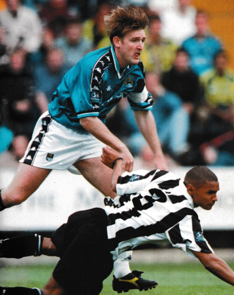 notts county away 1998 to 99 action10