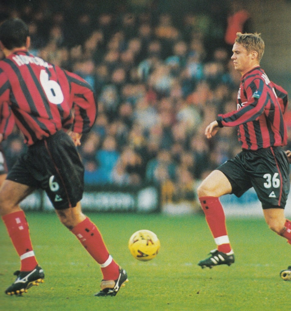 qpr away 1999 to 2000 action 6