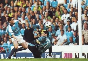 sheff utd home 1999 to 00 kennedy goal