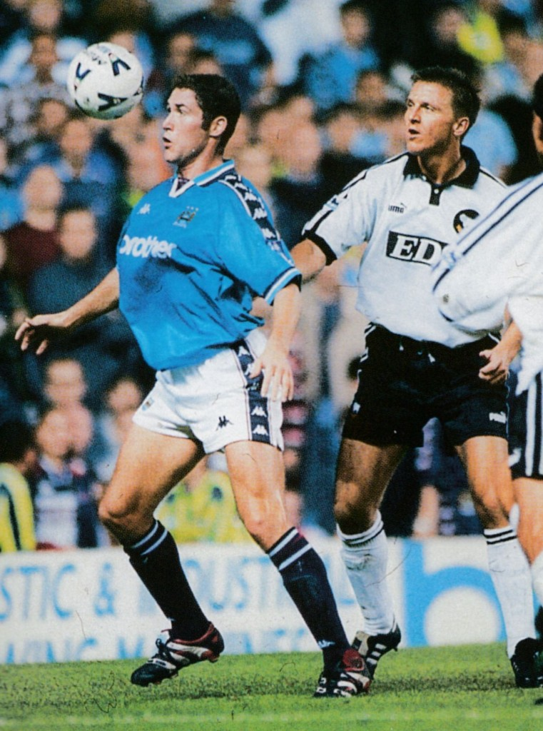 Derby lge cup home 1998 to 99 action6