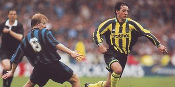 Gillingham playoff final 1998 to 99 action2