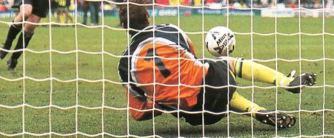 Gillingham playoff final 1998 to 99 butters pen save