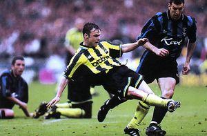Gillingham playoff final 1998 to 99 dickov goal2