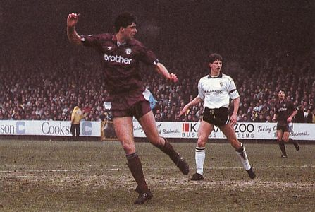 PORT VALE FA CUP 1990 to 91 quinn goal