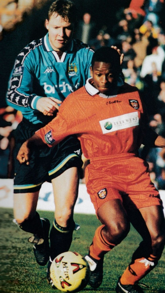 blackpool away 1998 to 99 action5