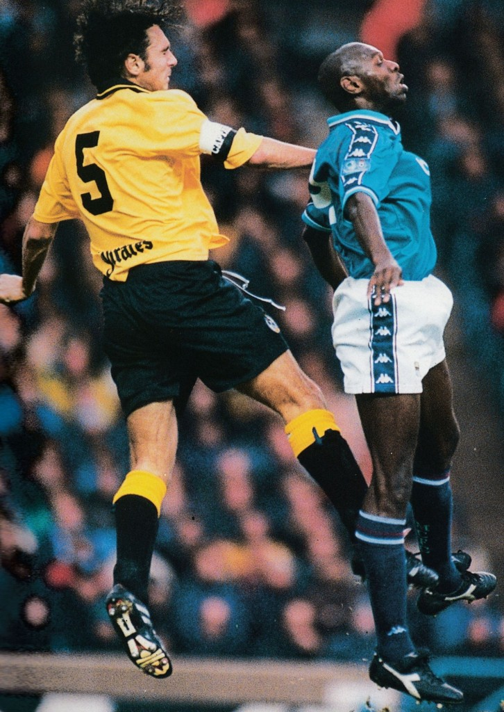 bristol rovers home 1998 to 99 action7