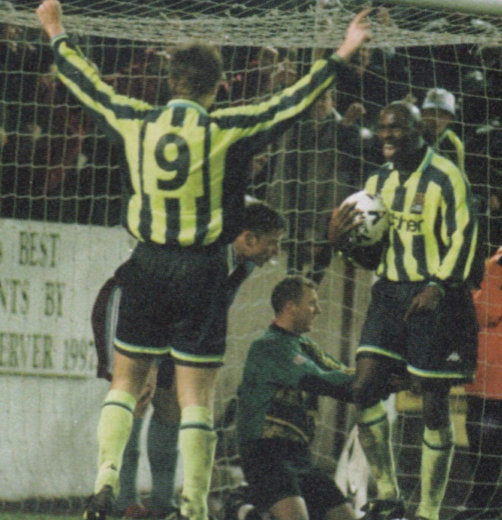 burnley away 1998 to 99 action6