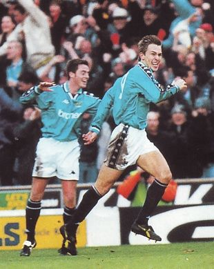 fulham home 1998 to 99 taylor goal 2-0b