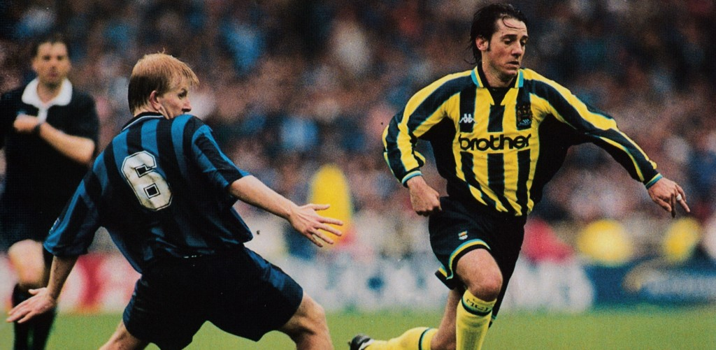 gillingham play off 1998 to 99 action16