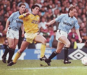 leeds home 1990 to 91 action3