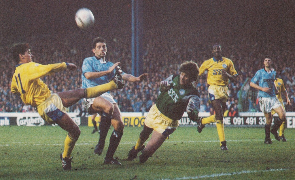 leeds home 1990 to 91 action8