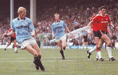 man utd home 1990 to 91 hendry goal