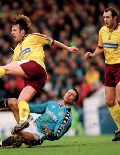 northampton home 1998 to 99 horlock sent off after this tackle