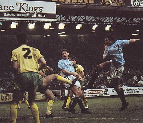 norwich away 1990 to 91 white goal