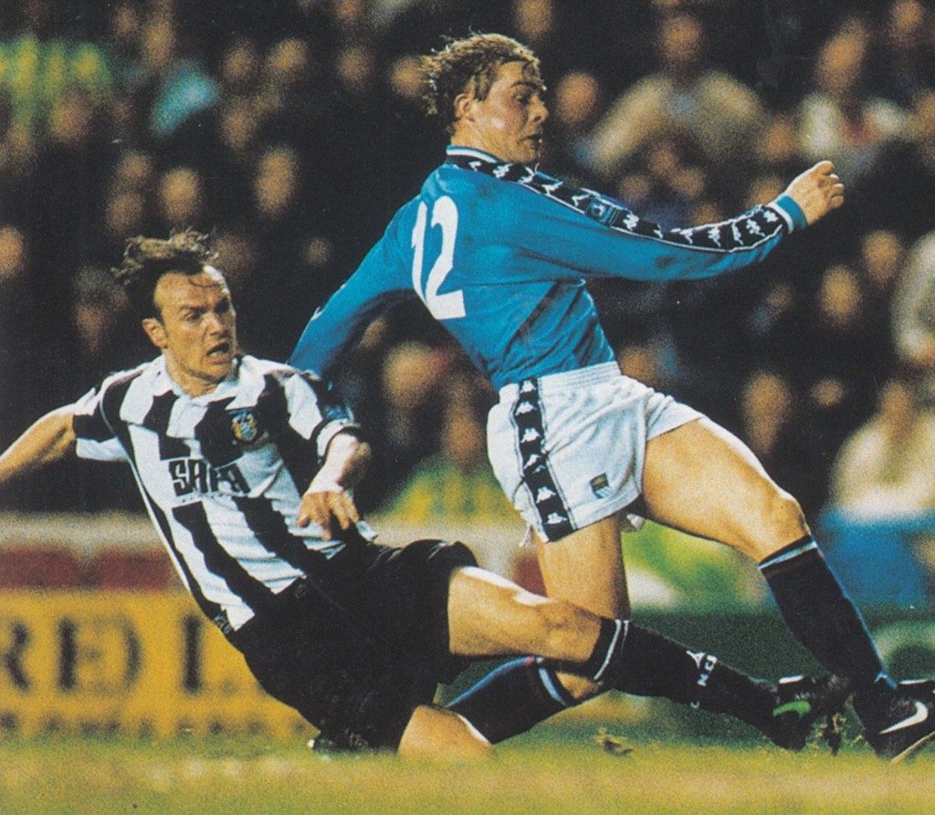notts county home 1998 to 99 action6