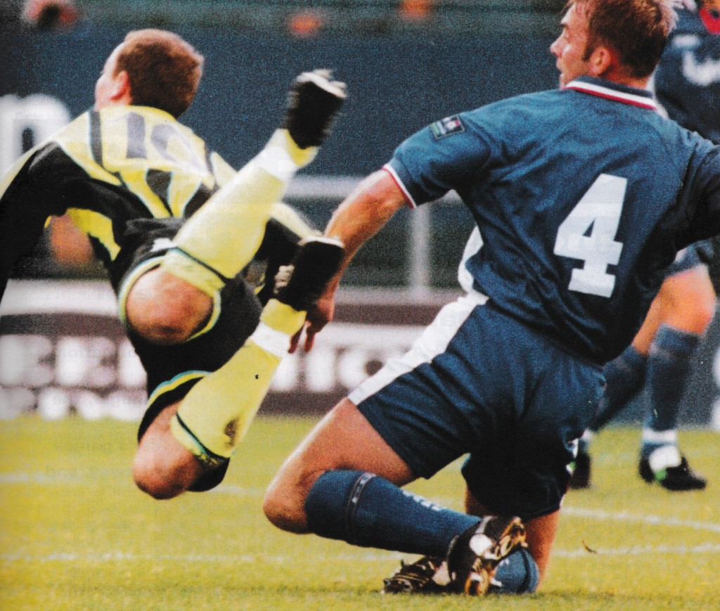 oldham away 1998 to 99 action5