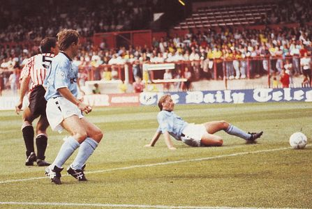 sheff utd away 1990 to 91 acttion3
