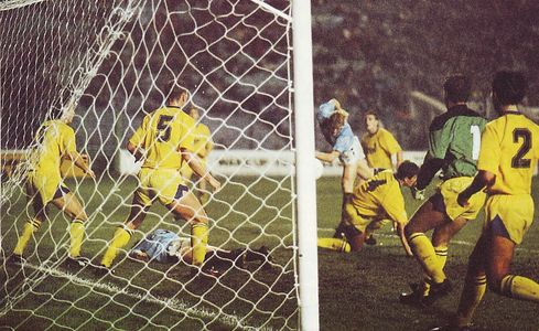torquay home 1990 to 91action2