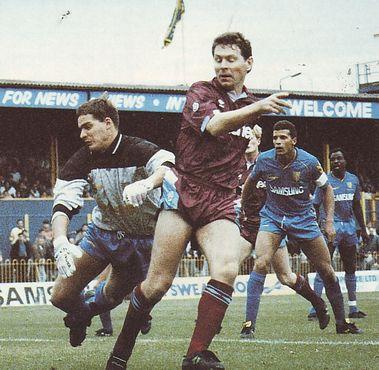 wimbledon away 1990 to 91 allen goal
