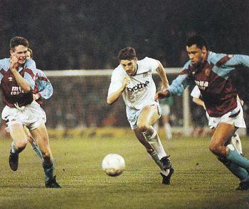 aston villa away 1990 to 91 white burst thru for 2nd goal