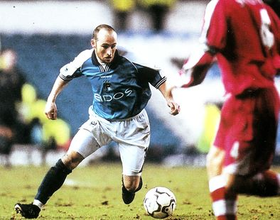 charlton home 2000 to 01 action2