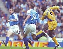 chelsea home 2000 to 01 action2