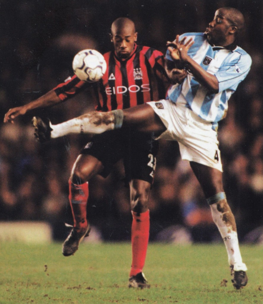 coventry away 2000 to 01 action10