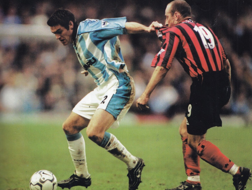 coventry away 2000 to 01 action11
