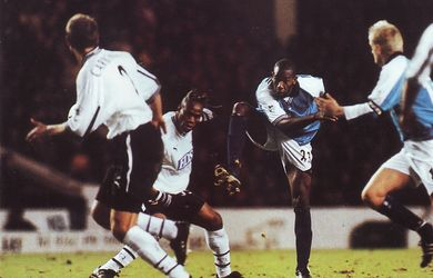 derby home 2000 to 01 action4