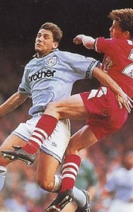 liverpool home 1993 to 94 action2