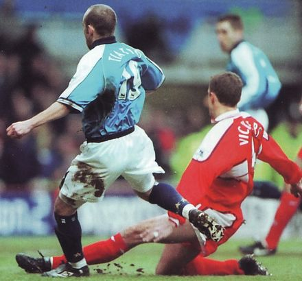 middlesbrough away 2000 to 01 action