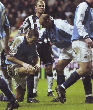 newcastle away 2000 to 01 action3